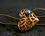 Wonderland Gold Spiral Heart