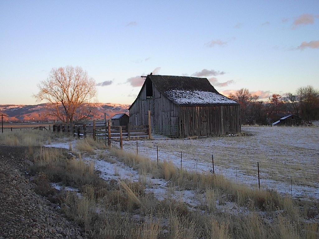 Wallpaper Old Barn