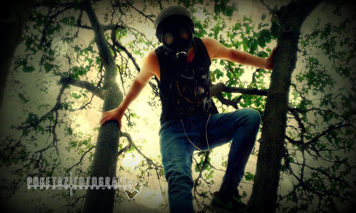 Ivan CB Mascara de Gas Tree Bench 019 by POKETAZ