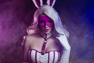 White Rabbit cosplay by shproton