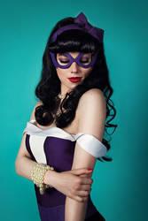 Huntress Bombshells cosplay by shproton