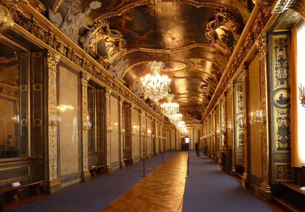palace interior 2 by tadbeer on deviantart