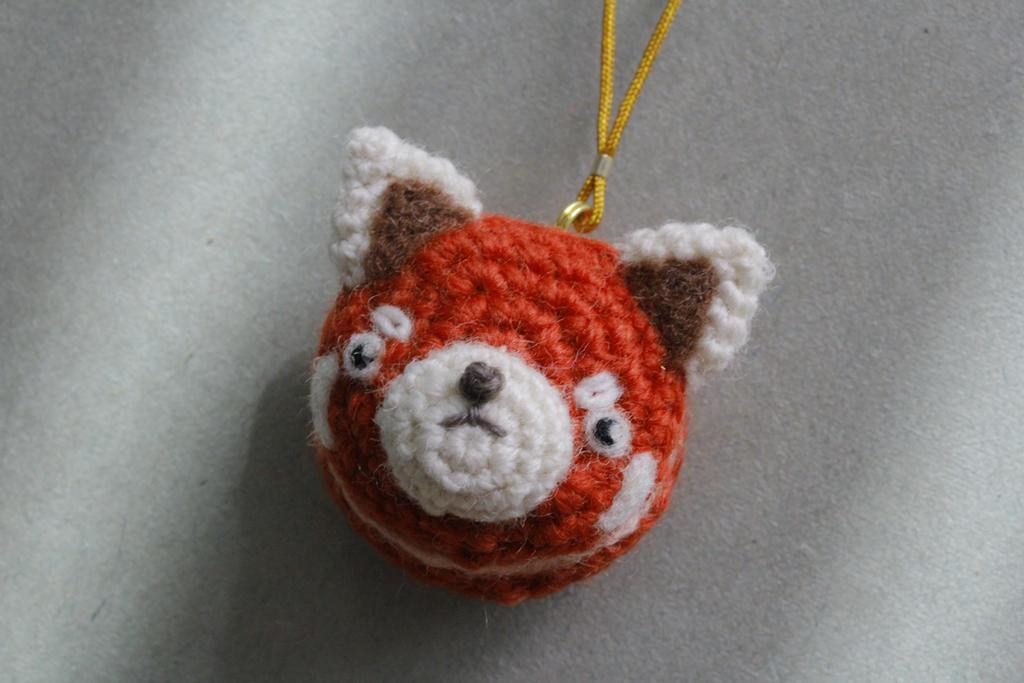 amigurumi red panda macaron charm by Maomao7