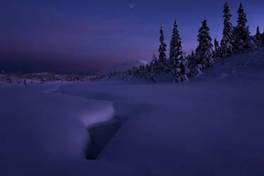 Lifjell Twilight by oprust