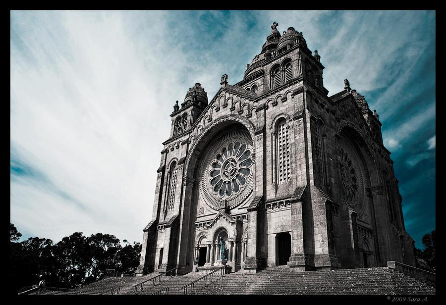 Santa Luzia by Sara-Araujo