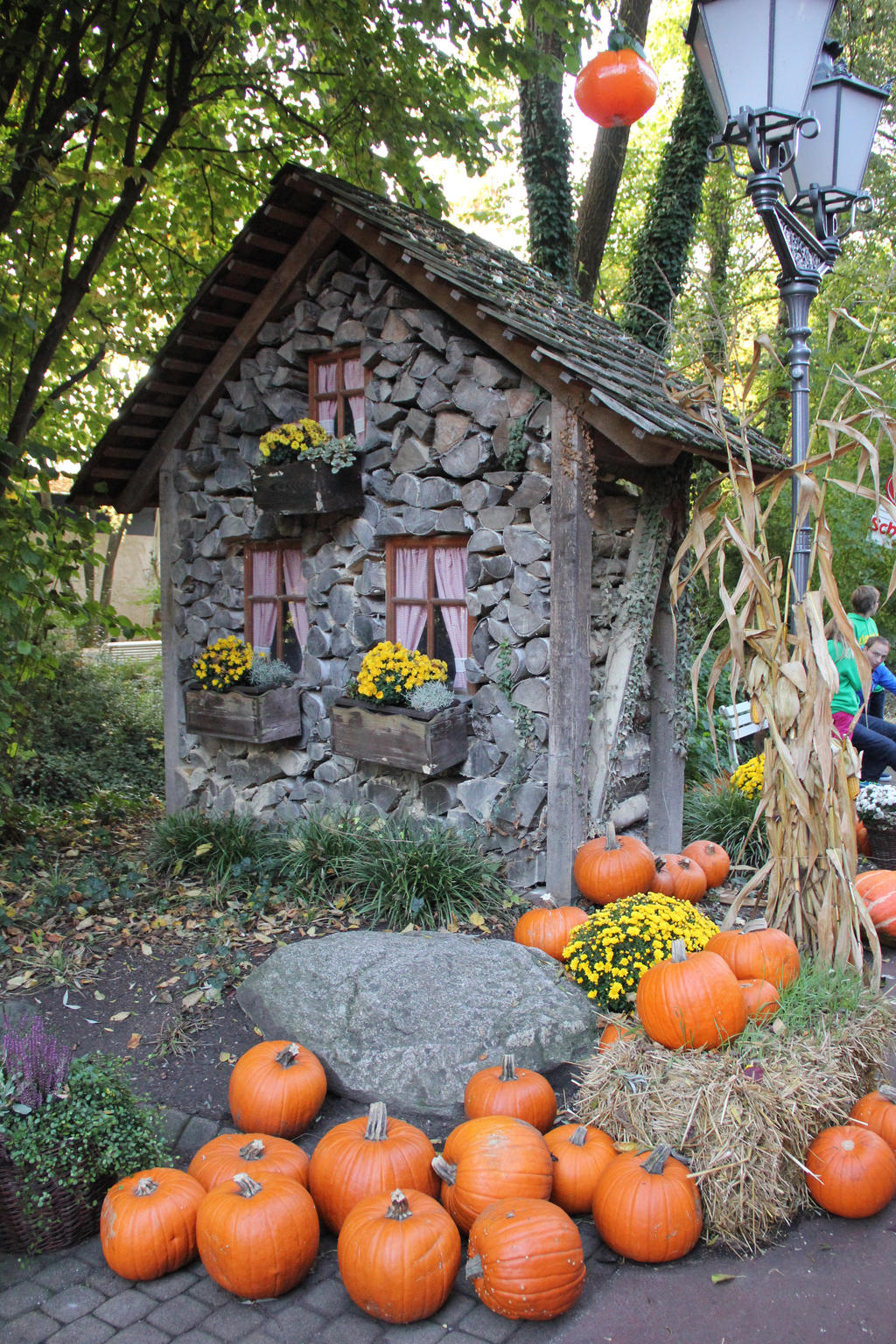 Halloween Hut by sacral-stock