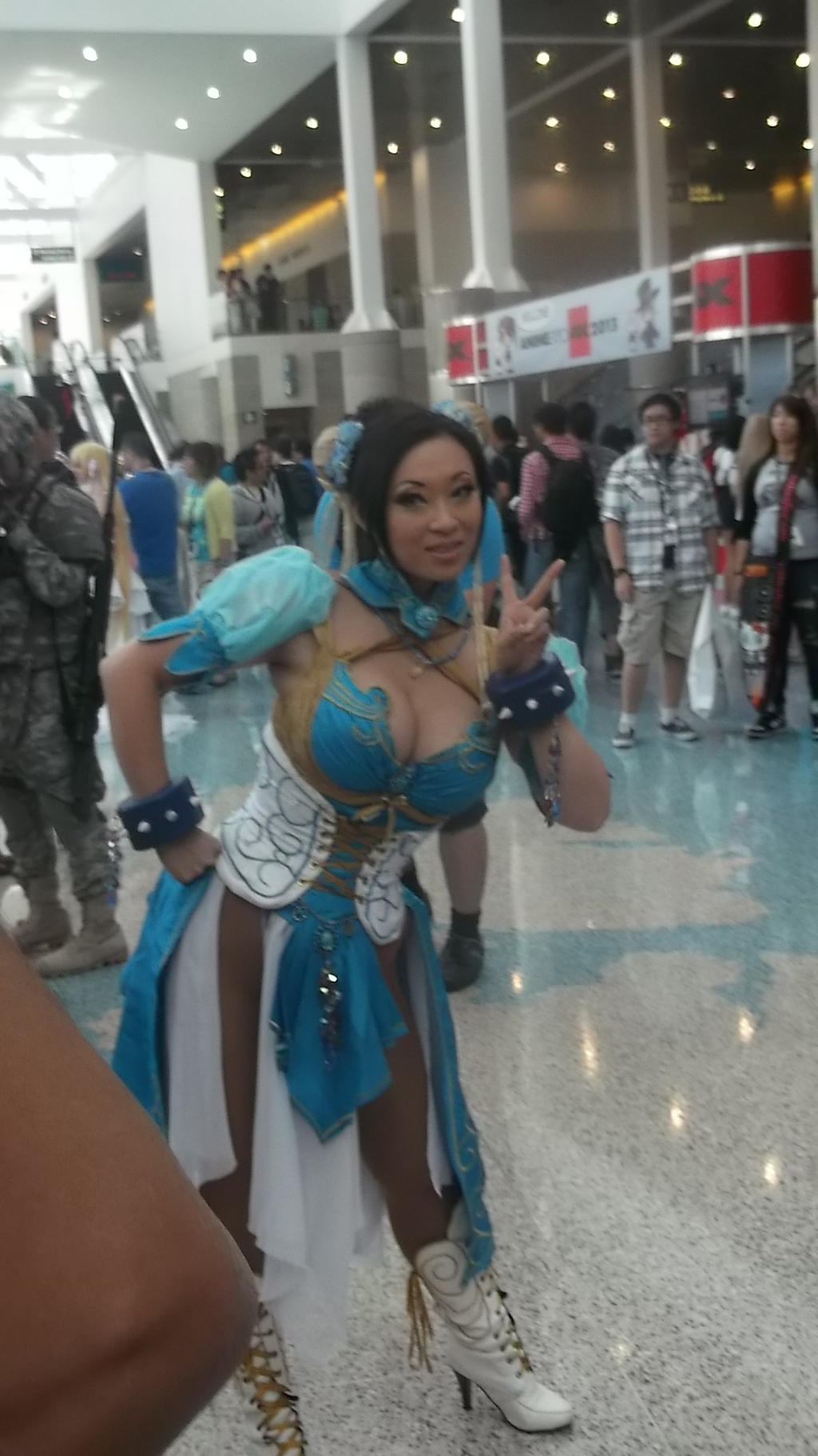 Anime Expo 2013 Yaya Han As Chun Li By Coolpizza16