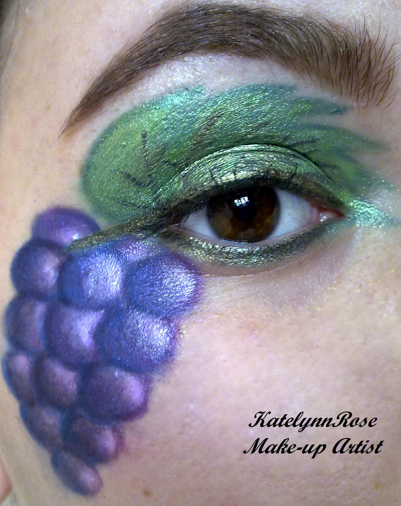 fruit series: grapes :D by KatelynnRose