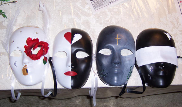 Romeo and Juliet Masks by summermagic