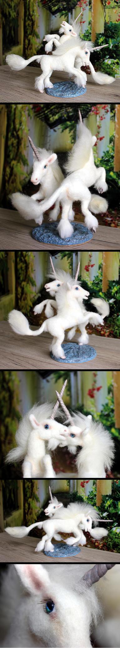 Two prancing Unicorns by Finya-Vardeen
