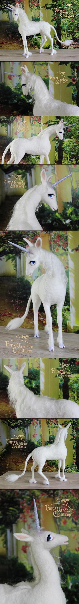 The Last Unicorn - needle felted by Finya-Vardeen
