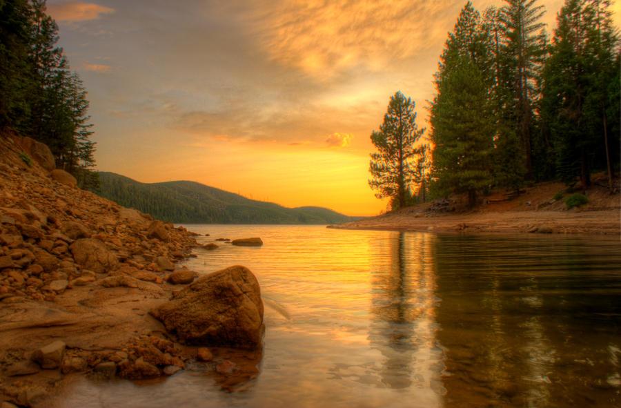 Summer Sunset at the Lake by jonathan-e-king