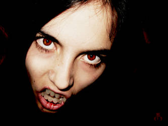 Vampire by erlondeiel