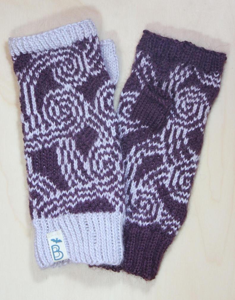 Tali Fingerless Gloves by BeanieBat