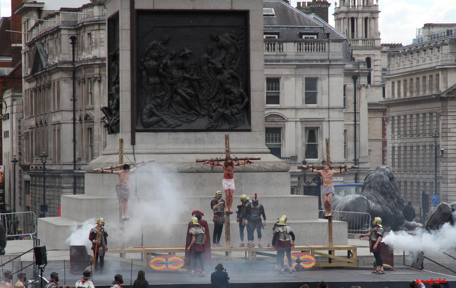 Crucifixion by penfold73