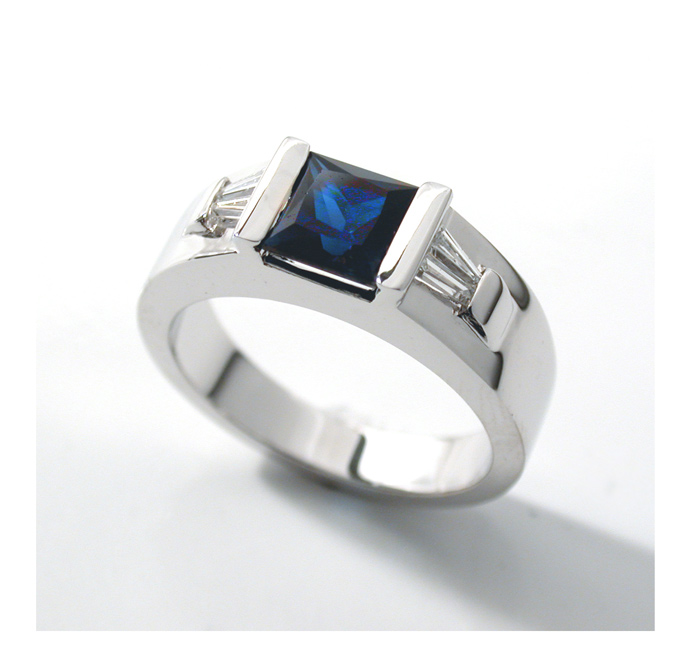 Sapphire ring by carpe0diem