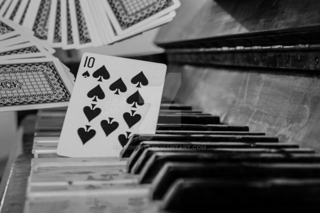 Piano and Cards by amineht3