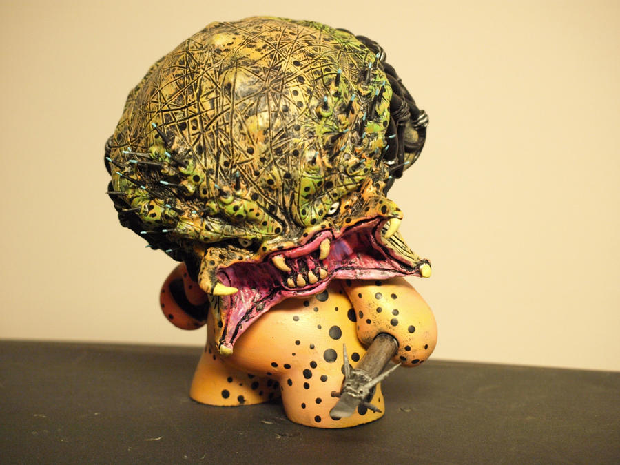 Custom 8' Predator munny by VILORIA-ARTS