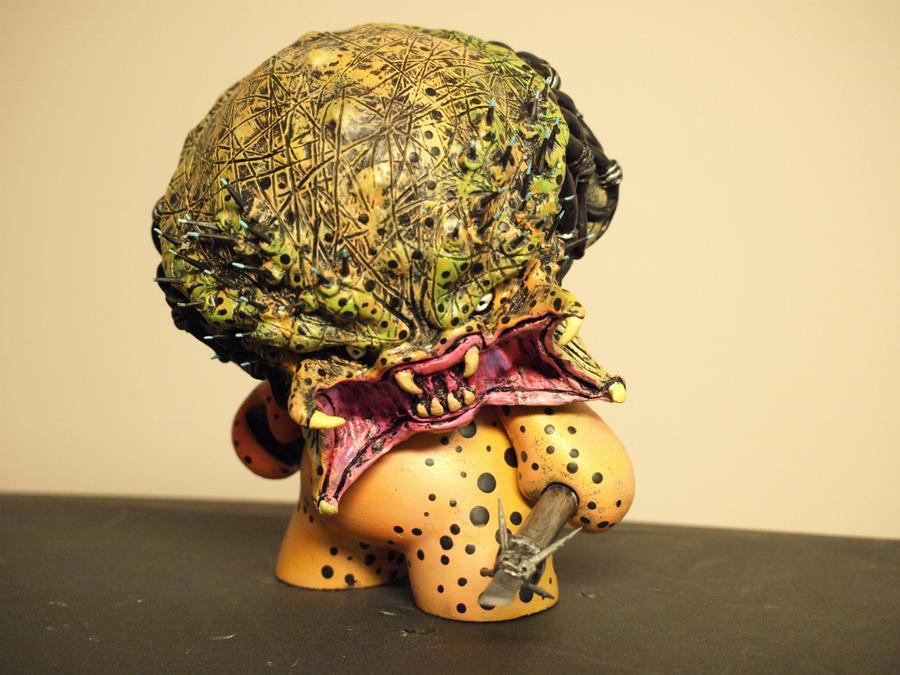 "Custom 8"" Predator munny by VILORIA-ARTS"