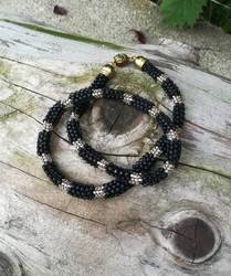 Matte black necklace by Naidiriv