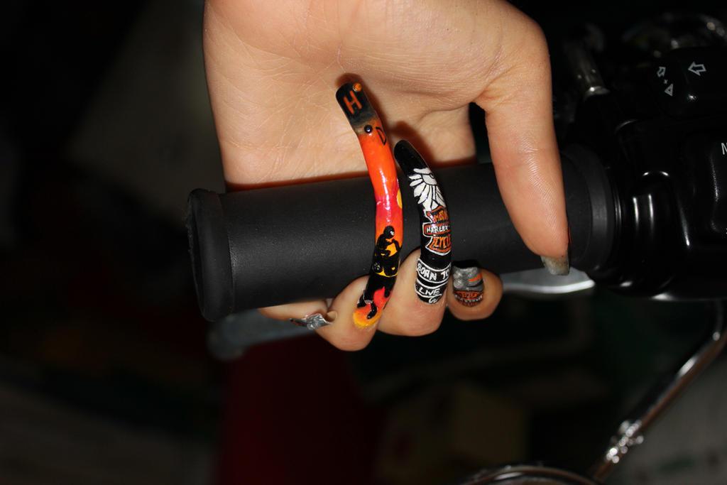 Harley Davidson Hd Nail Art By Chiquisart On Deviantart