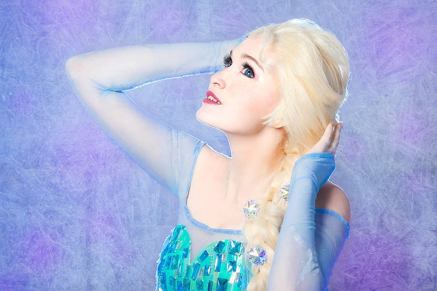 Queen Elsa 7 by Usagi-Tsukino-krv