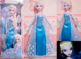 Frozen - Elsa Singing Doll OOAK
