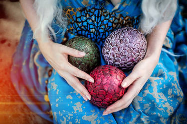 Game of thrones - Daenerys Targaryen 3 Dragon eggs by Usagi-Tsukino-krv