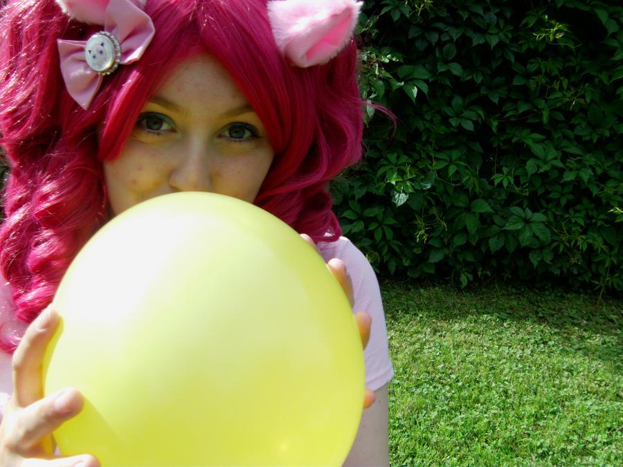 Pinkie Pie by MochiFairy