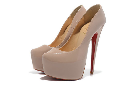 red_sole_charm_2013_christian_louboutin_by_haohao088-d6lmk96.jpg