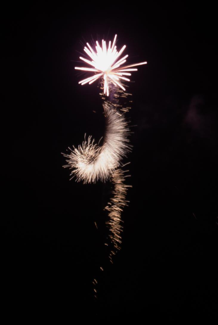 Fireworks - Spiraling star by wouterpasschier