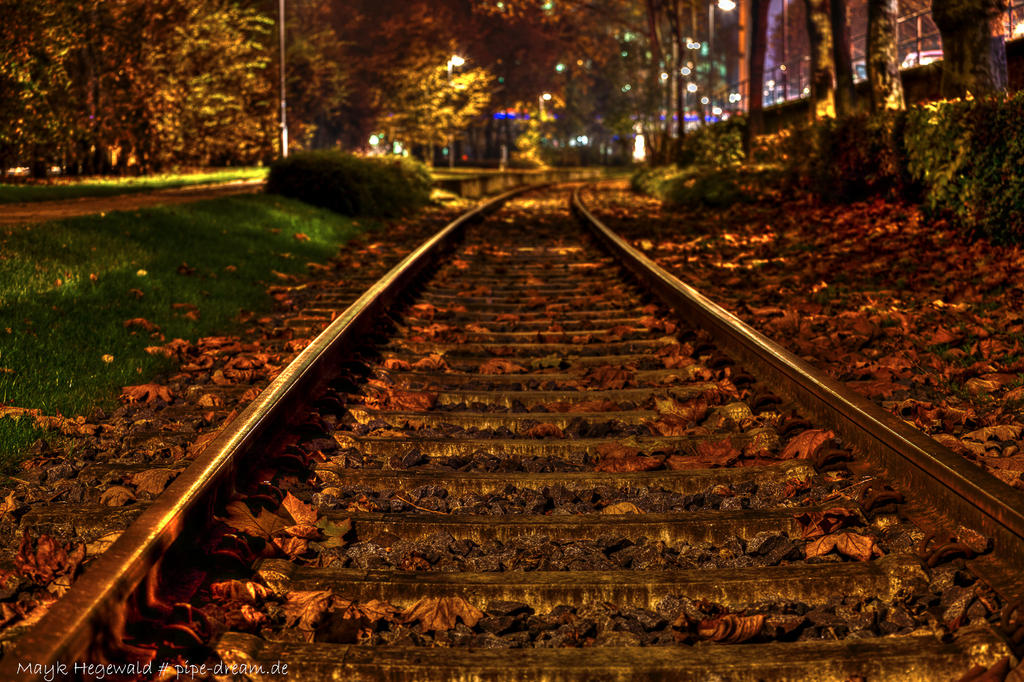 autumnal rails by FIyer666