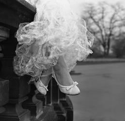 feet, feet - a kingdom for .. by Gwali