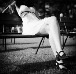 feet, feet.... by Gwali