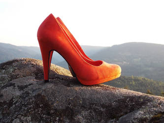 Red high heels shoes in moutains by WhatHeels
