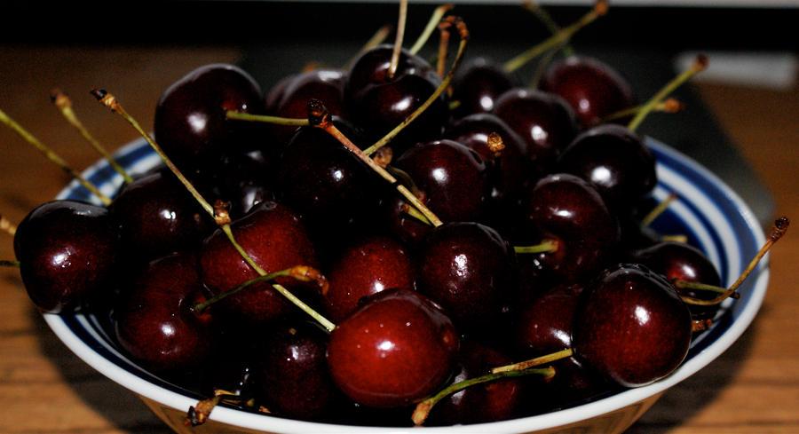 Christmas Cherries by pudenda on deviantART