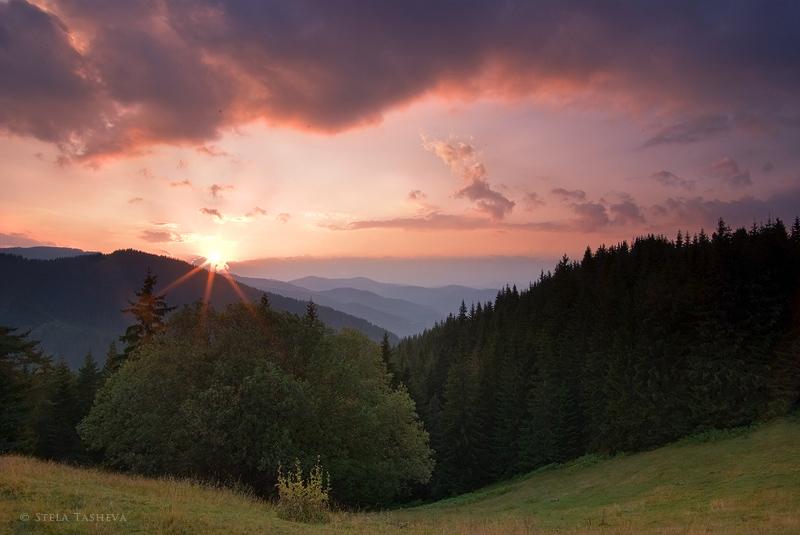 Rozhen, Rhodope  mountain by tangratannakra
