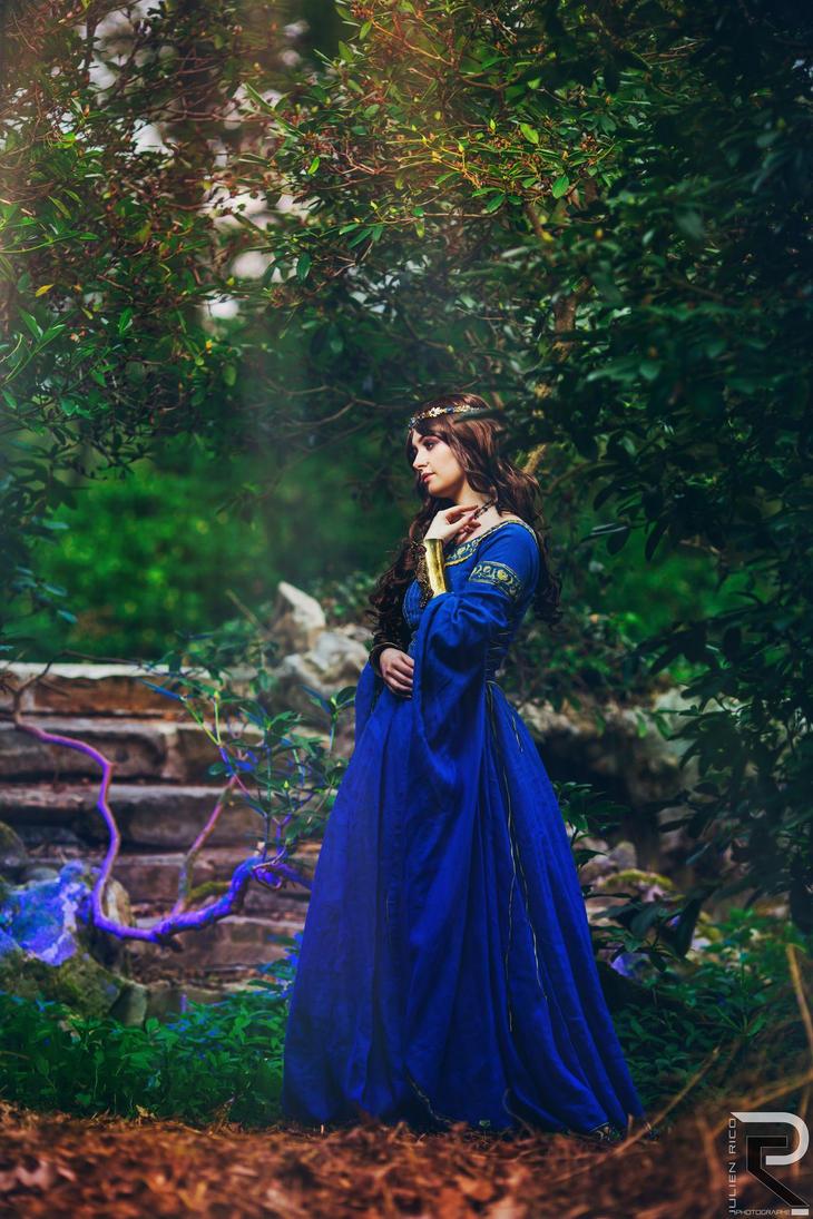 Gweniver by Elyra-Coacalina
