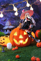 The Pumpkin Witch! by Awesomealexis1