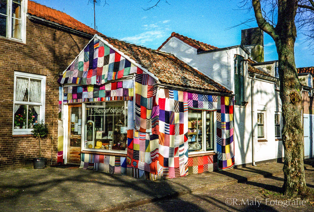 The knitted house by TLO-Photography