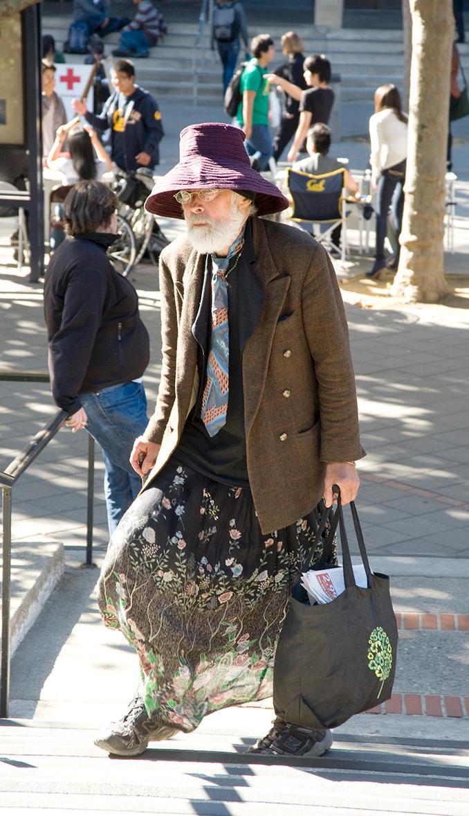 http://th05.deviantart.net/fs71/PRE/f/2011/322/f/f/berkeley_california_by_william1942-d4gjzn9.jpg