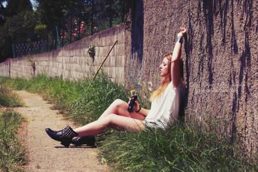 Retro girl by Lyzie