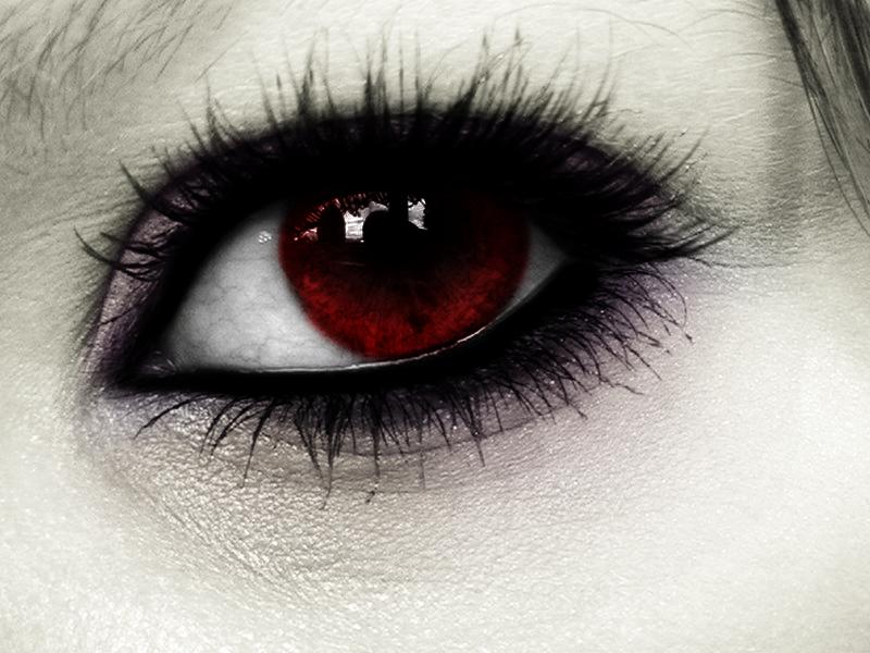 Eye of the Vampire by ZorroArtico