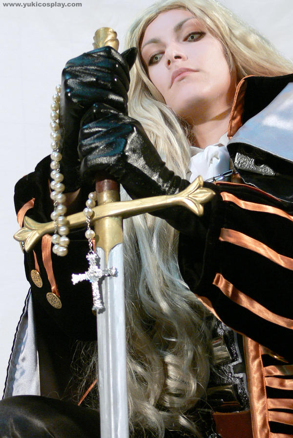 Die monster -  Alucard Cosplay by Yukilefay