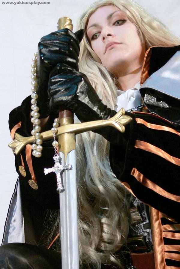 Die monster -  Alucard Cosplay by Yukilefay