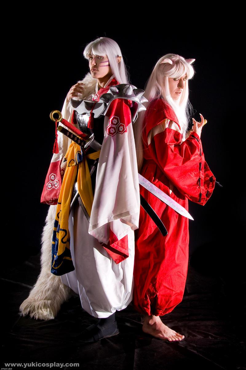 Sesshoumaru and InuYasha by Yukilefay