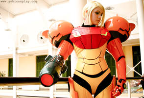 Bounty Hunter Samus - Cosplay by Yukilefay