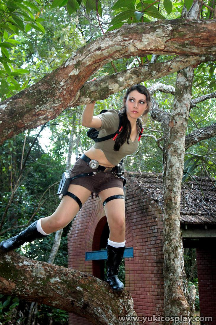 Lara Croft - TR Cosplay by Yukilefay