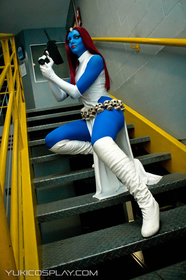 Mystique - X-men Cosplay by Yukilefay