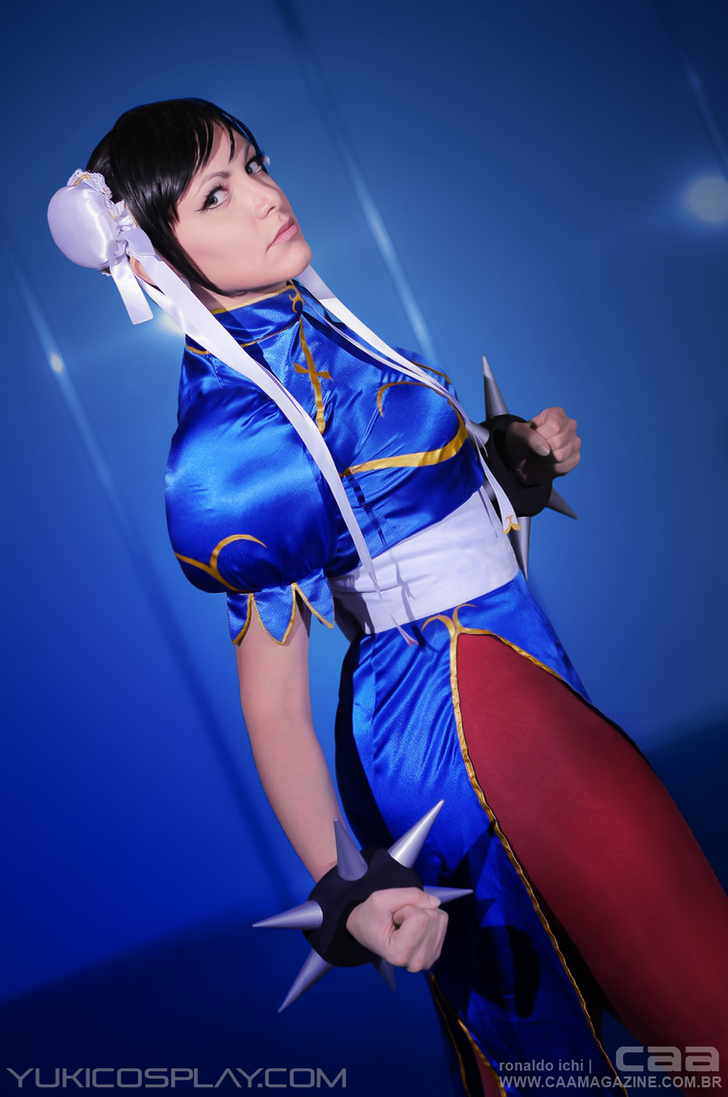 Chun-Li Cosplay by Yukilefay